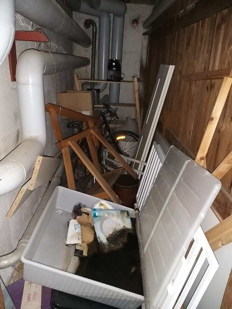 Müll in Kellern