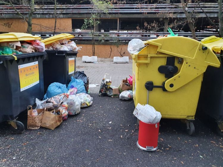 Müllplatzsituation am 12.12.2020